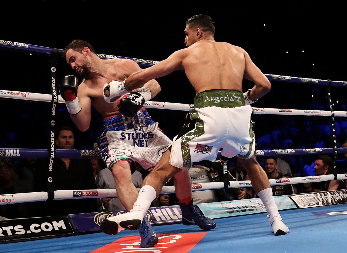 Amir Khan made good use of his left hook and right upper cut combination to defeat Phil Lo Greco. Photo: Lawrence Lustig, Matchroom Boxing Frampton
