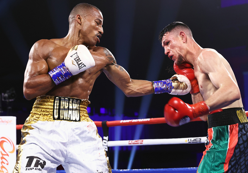 Robson Conceicao (16-0, 8 KOs) scored a seventh round TKO win in his first fight of 2021. Photo: Mikey Williams/Top Rank Inc